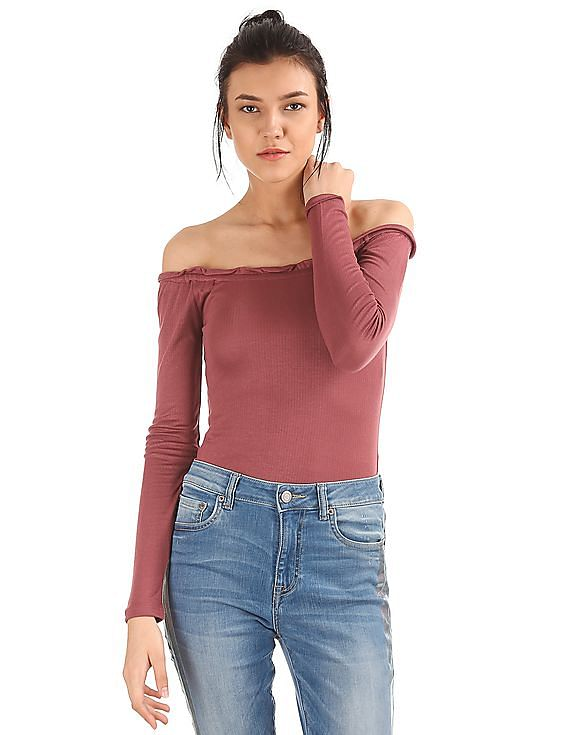 67acffac3c4cf Buy Women Ruched Off Shoulder Top online at NNNOW.com