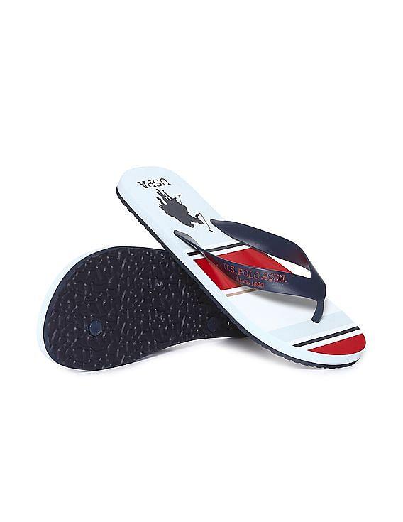 d5c402f9495669 Buy Men V-Strap Printed Flip Flops online at NNNOW.com