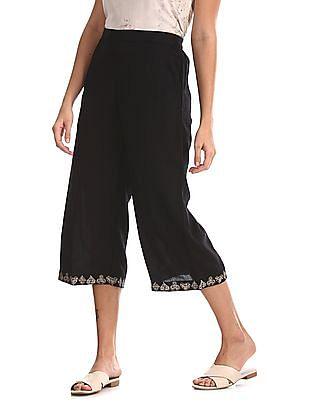 Bronz Black Embroidered Hem Mid Rise Culottes