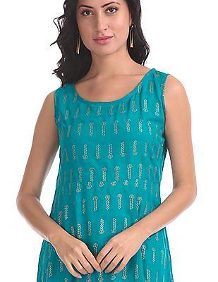 Anahi Blue Printed Layered Kurta