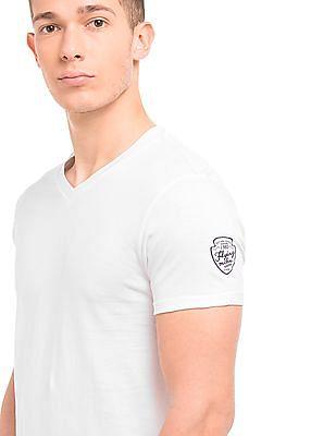 Flying Machine V-Neck Regular Fit T-Shirt