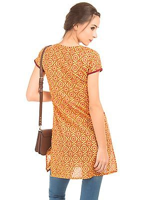 Karigari Notched Neck Printed Kurta