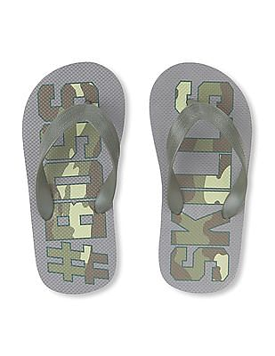 The Children's Place Boys 'Hashtag Boss Skills' Camo Flip Flops