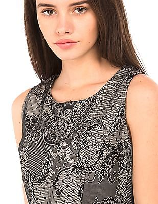 Elle Lace Sleeveless Fit And Flare Dress
