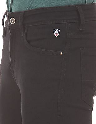 Izod Rinsed Slim Fit Jeans