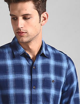 GAP Blue Check Slub Twill Shirt