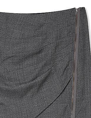 Arrow Woman Pleated Pencil Skirt